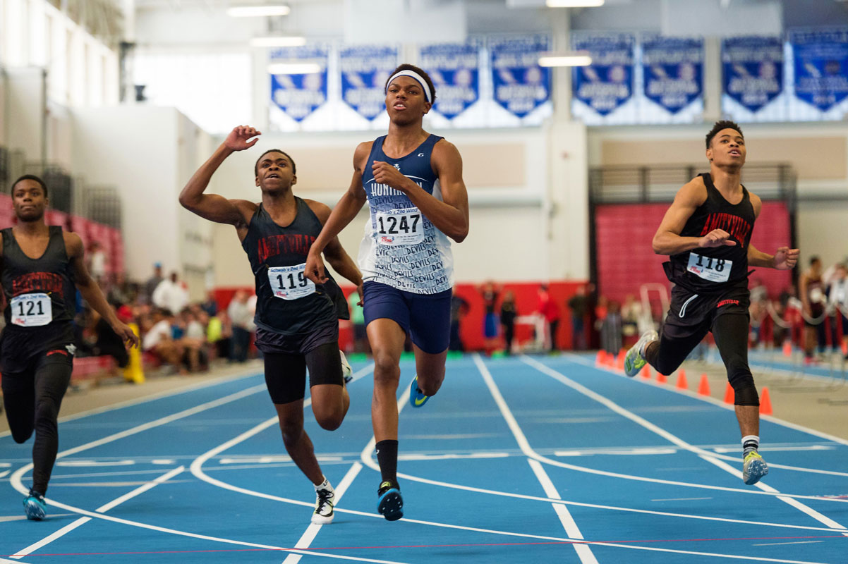 Kyree Johnson was a star for Huntington boys' track and field. (Darin Reed photo.)