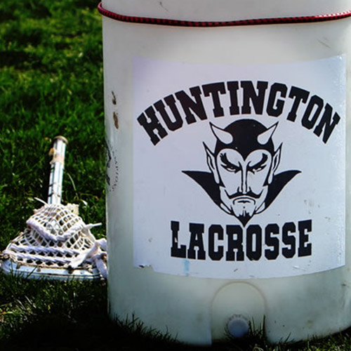 FHuntington boys' lax topped North Babylon in the season opener, 12-7